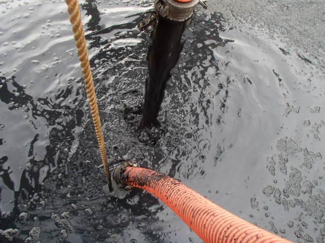 製油所 タンククリーニング時